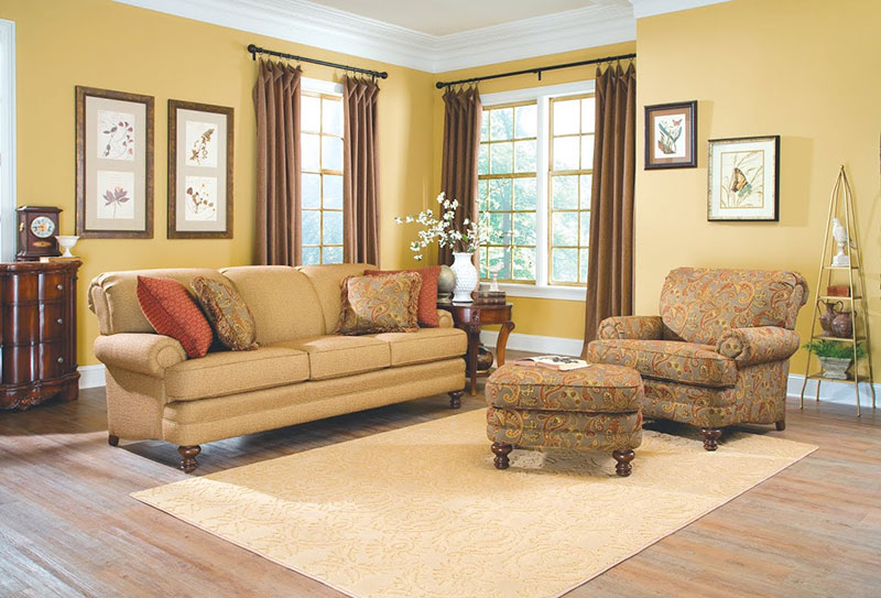 The Amish Gallery :: Living Room